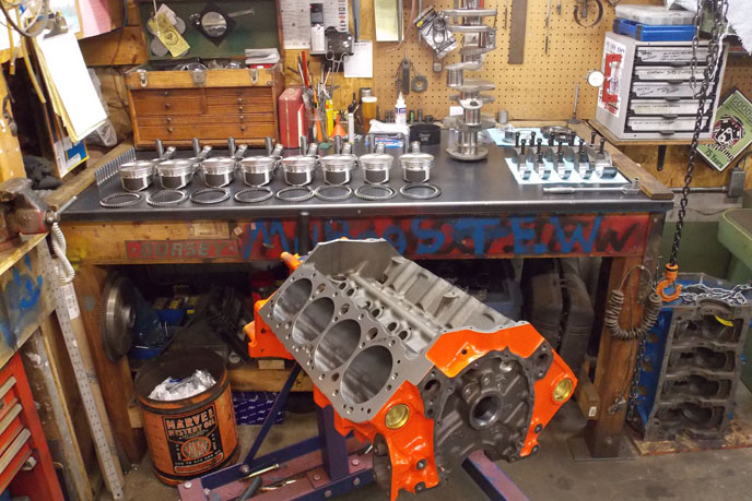 Chevy Block pistons rings crank