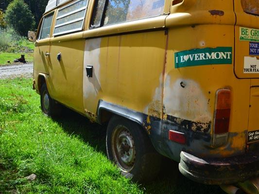 1976 VW Camper rear copy